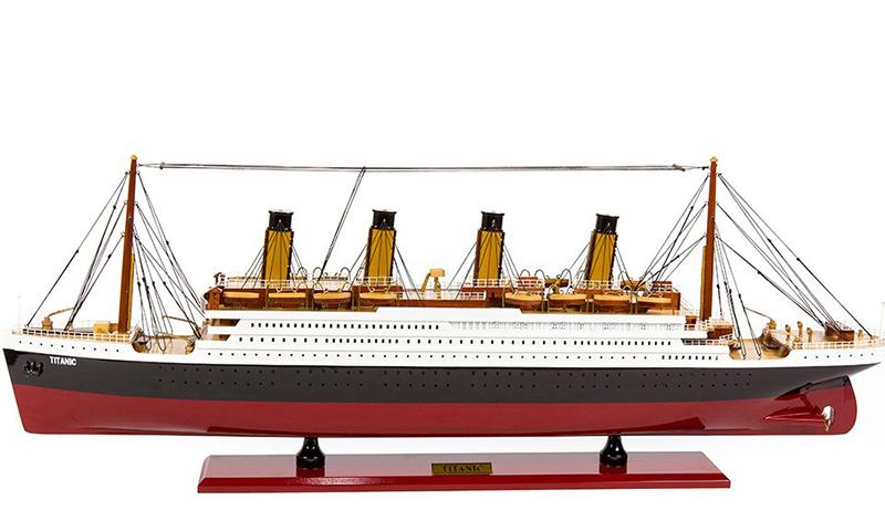Titanic Model Kit